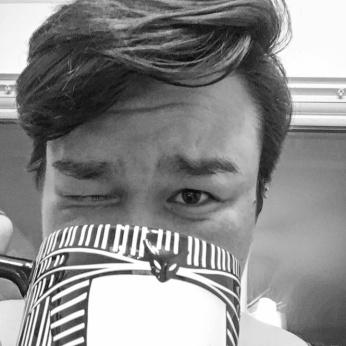 Mug Selfie